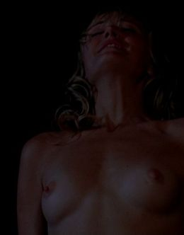 Постельные сцены с Малин Акерман в фильмах «Девушка моих кошмаров» и «Собачья любовь»
