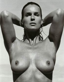 Голая Катарина Витт на черно-белых фото