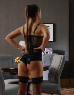 Мила Сивацкая в нижнем белье на горячих кадрах из кино