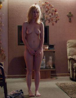Полностью голая Джуно Темпл на кадрах из кино