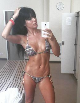 Ольга Романовская в купальнике
