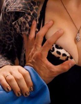 Джейн Леви в нижнем белье в фильме «Смешной размер»