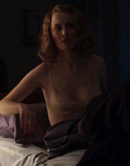 Доминик Макэллигот в нижнем белье из сериала «Последний магнат»
