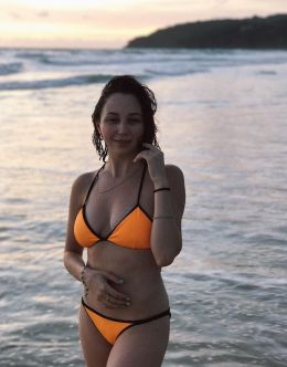 Фото Елизаветы Туктамышевой в купальнике