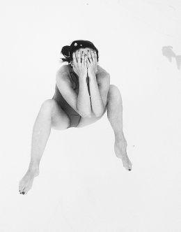 Фото Мари Ворожи в купальнике