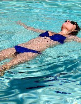 Фото Вивы Бьянки в купальнике