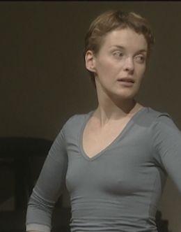 Засвет груди Анны Вартанян из кино