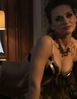 Горячие кадры с обнаженной Анной Саливанчук из сериала «Трава под снегом»