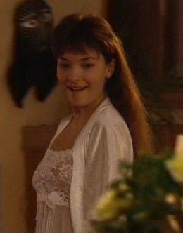 Ольга Павловец в нижнем белье из сериала «Стилет 2» (грудь)
