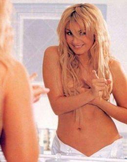 Эротические фото Ирины Билык в журнале FHM