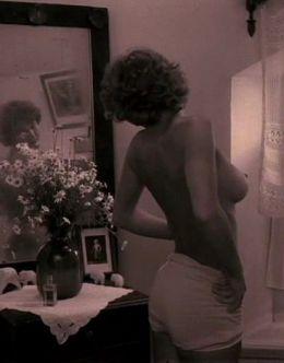 Голая Наталья Негода в фильме «Завтра была война» (1987)