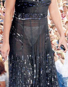 Засвет Анастасии Мельниковой в прозрачном платье