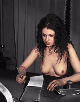 Голая Анна Ковальчук на горячих кадрах из сериала «Мастер и Маргарита»