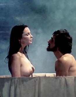 Эротические кадры Анны Дымна из фильма «Эпитафия для Барбары Радзивилл»