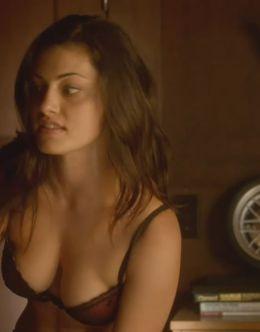 Эротические кадры с Фиби Тонкин из фильмов