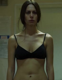 Голая Сабина Ахмедова в сериале «Колл-центр»