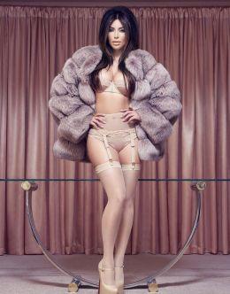 Фото Ким Кардашьян в нижнем белье