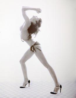 Горячие фото Софии Бутеллы в стиле «ню» из журналов