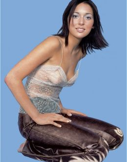 Голая грудь Алсу на фото из Cosmopolitan