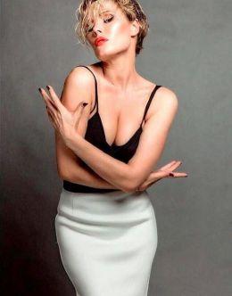 Обнажённая Виктория Маслова на горячих фото