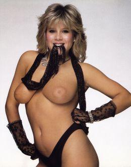 Частный эротический фотосет с голой Самантой Фокс