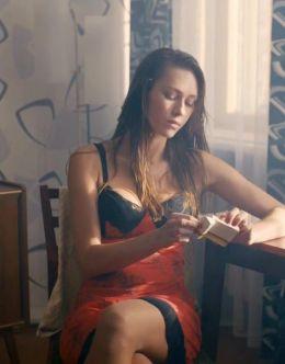 Горячие сцены с Иевы Андреевайте в драматической саге «Фарца» (2015)
