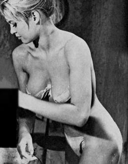 Черно-белые фото с голой Бриджит Бардо