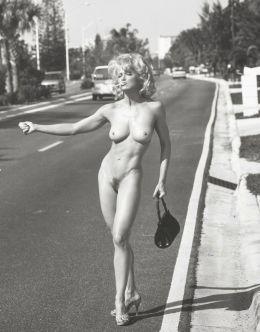 Фото голой Мадонны в молодости из SexBook