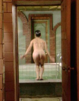 Голая попка Алены Бабенко из «Серебряная свадьба» + фото в купальнике