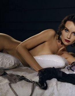 Голая Юлия Подозерова на горячих фото из «Максим»