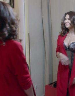 Кадры Екатерины Климовой в нижнем белье