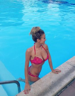 Дилетта Леотта на фото в купальнике