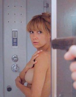 Полностью голая Екатерина Климова в сериале «Синдром дракона»
