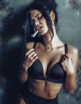 Горячие фото Екатерины Нефедовой в нижнем белье