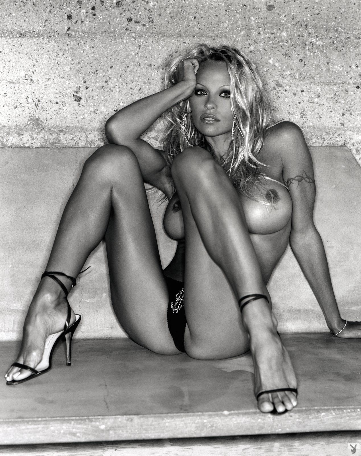 Pam anderson new naked video — 7