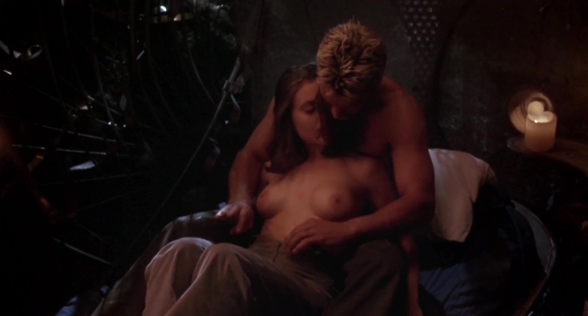Alyssa milano hot sex gif, amatuer nude photo of woman with a mohawk