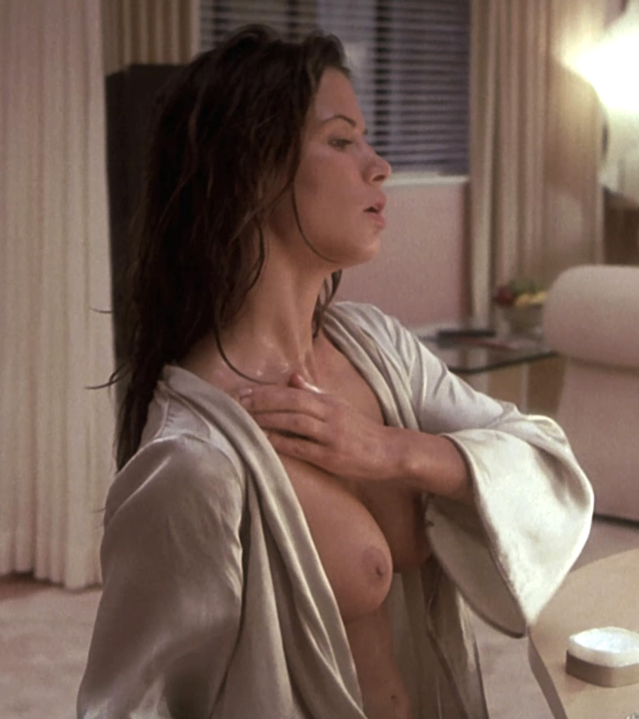 naked-rhona-mitra-free-sweet-pussy-contractions