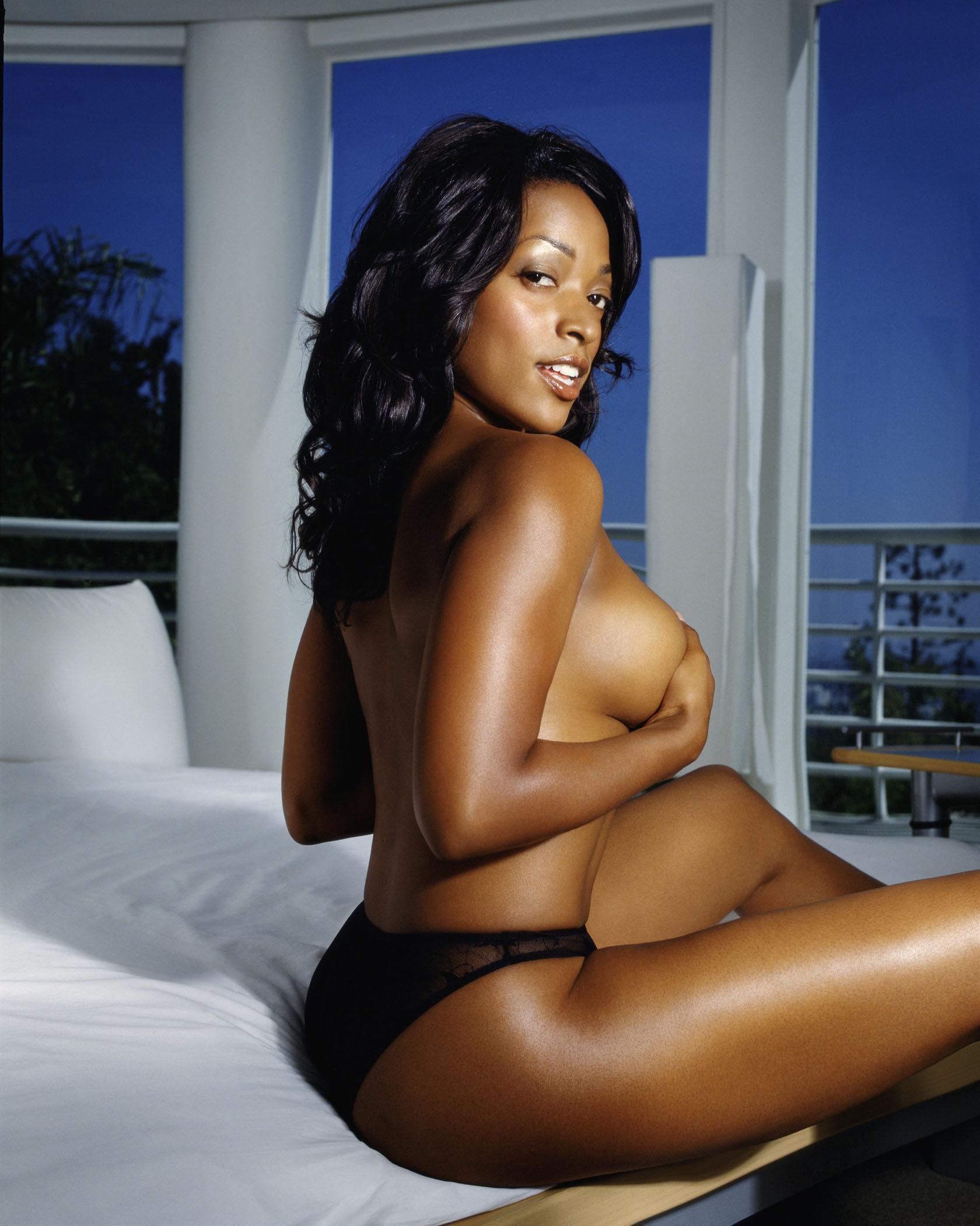 Kellita Smith Nude Photos
